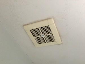 浴室換気扇取替工事(名古屋市緑区)施工前
